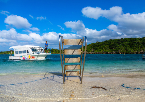 Glass-bottom boat on Kabira bay, Yaeyama Islands, Ishigaki-jima, Japan