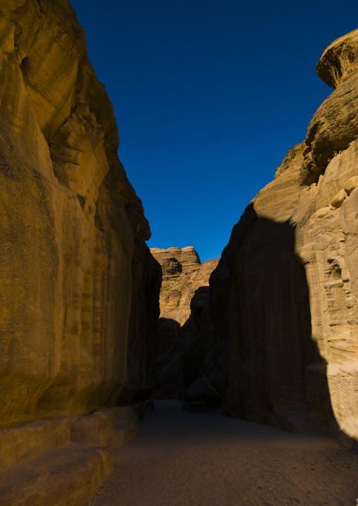 Bab Al Siq, Slot Canyon Leading To City Of Petra, Jordan