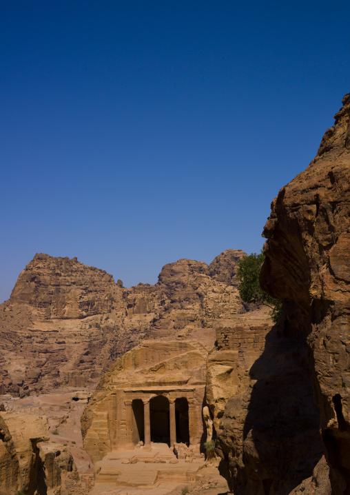 Triclinium, Petra, Jordan