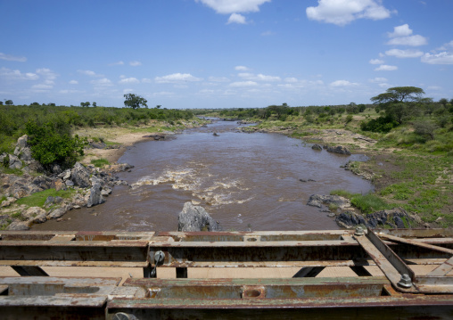 Mara bridge crossing the river mara, Rift valley province, Maasai mara, Kenya