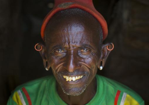 Rendille tribe old man, Marsabit district, Ngurunit, Kenya