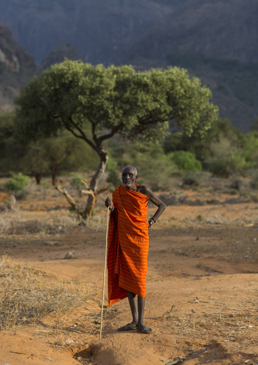 Rendille blind tribe old man, Marsabit district, Ngurunit, Kenya