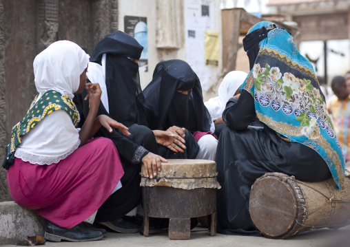 Hijab veiled women and young girl in lamu, Kenya