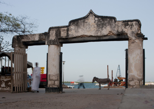 Arch entrance gate near dockside, Lamu, Kenya