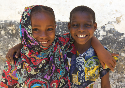 Portrait of smiling swahili children in the street, Lamu County, Lamu, Kenya
