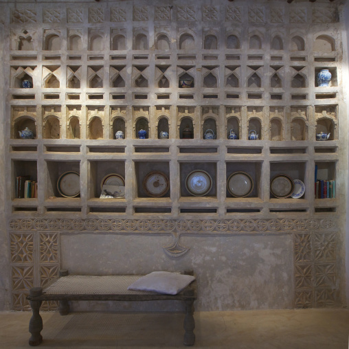 Umma house: a carved plasterwork niche with exhibition of antique artefacts, Lamu, Kenya