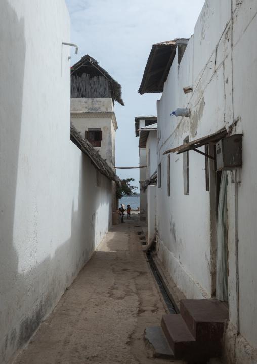 Narrow street leading to the sea, Lamu county, Lamu town, Kenya