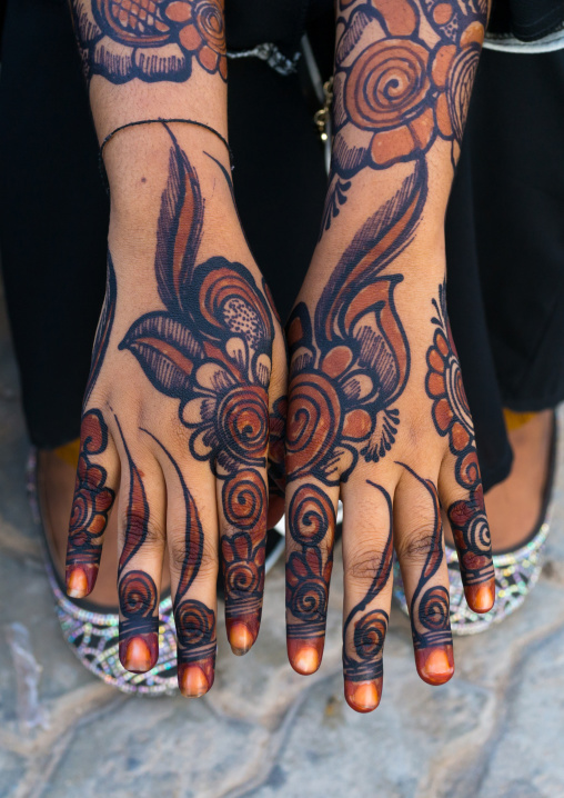 Woman hands painted with henna and indigo, Lamu county, Lamu town, Kenya