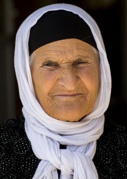 Old Kurdish Woman, Azaban, Kurdistan, Iraq