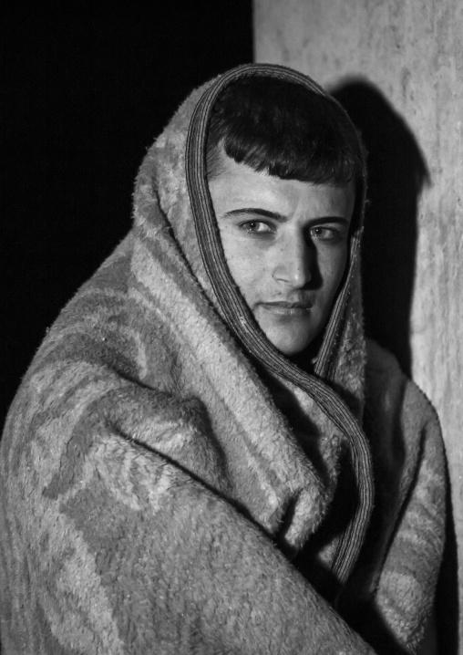 Yezedi Refugee From Sinjar Suffering From The Cold, Duhok, Kurdistan, Iraq