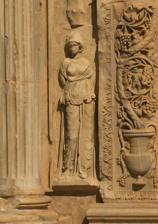 Decoration columns in leptis magna, Tripolitania, Khoms, Libya