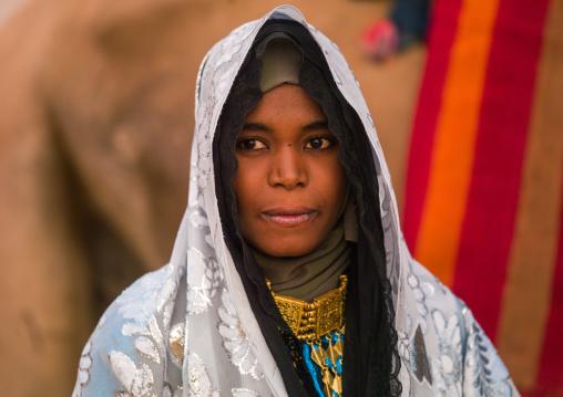 Portrait of a tuareg woman in traditionnal clothing, Tripolitania, Ghadames, Libya