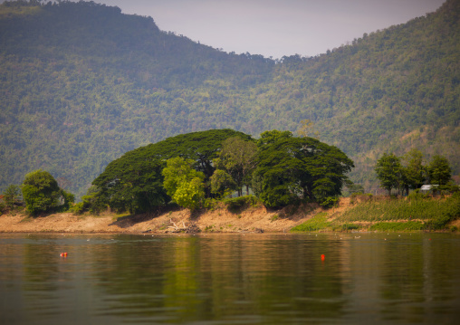 Mekong river, Phonsaad, Laos
