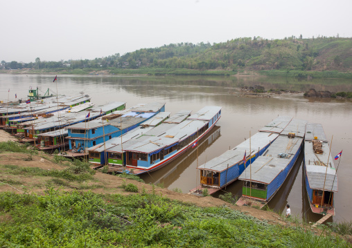 Border on the mekong river between laos and thailand, Houei xay, Laos