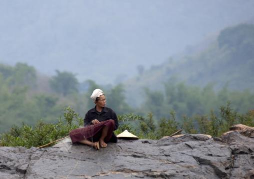 Fisherman on mekong river, Luang prabang, Laos