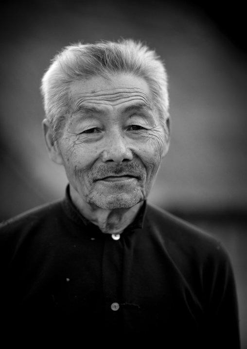 Hmong minority old man, Luang prabang, Laos