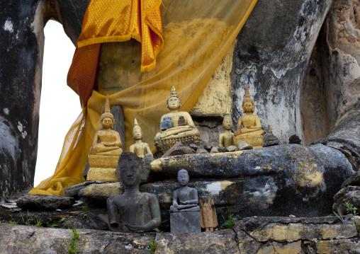 Wat phia ruins, Phonsavan, Laos