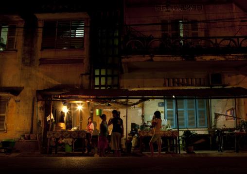 Night street restaurant, Savannakhet, Laos