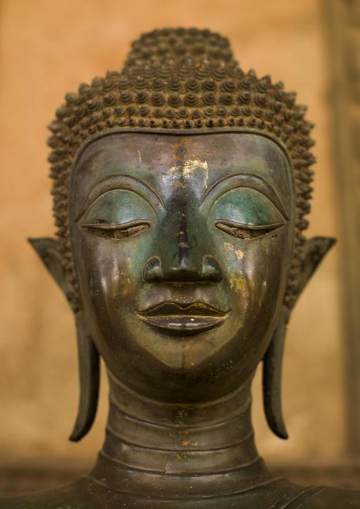Buddha head statue at vat sisaket, Vientiane, Laos
