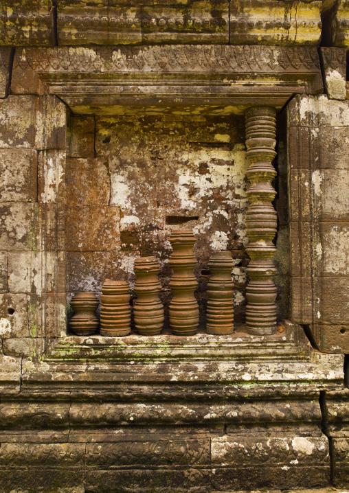Window detail of middle level pavilion of wat phu, Champasak, Laos