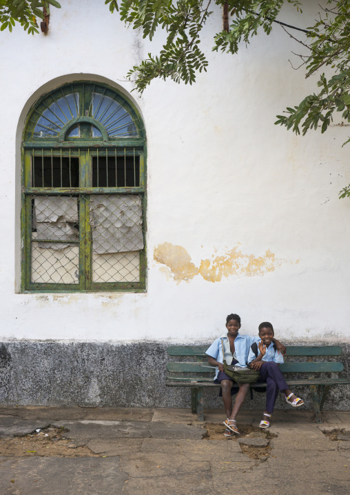 Kids In Front Of An Old Portuguese Colonial Building, Inhambane, Mozambique