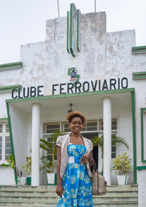 Woman Standing In Front Of The Old Clube Ferroviaro, Inhambane, Mozambique