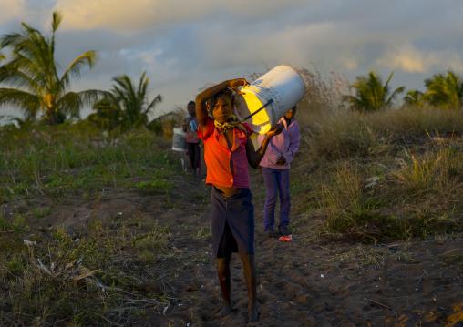 Kids Holding Stuff, Inhambane, Inhambane Province, Mozambique