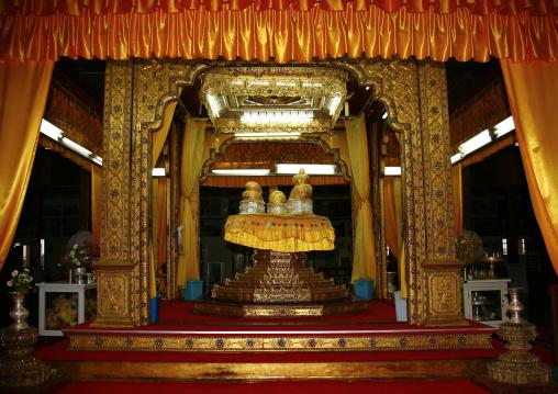 Taunggyi Temple, Myanmar