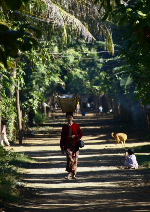 Ngapali Village Alley, Myanmar