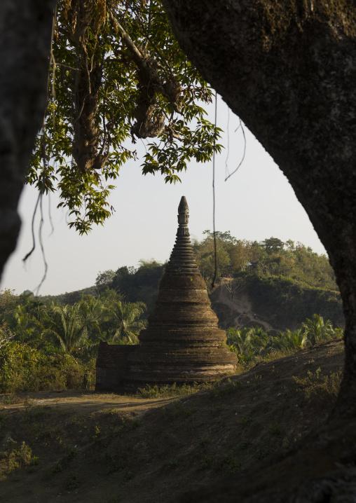 Zina Manaung Pagoda, Mrauk U, Myanmar