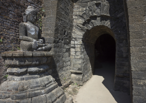 Buddha Statue In Kothaung Temple, Mrauk U, Myanmar
