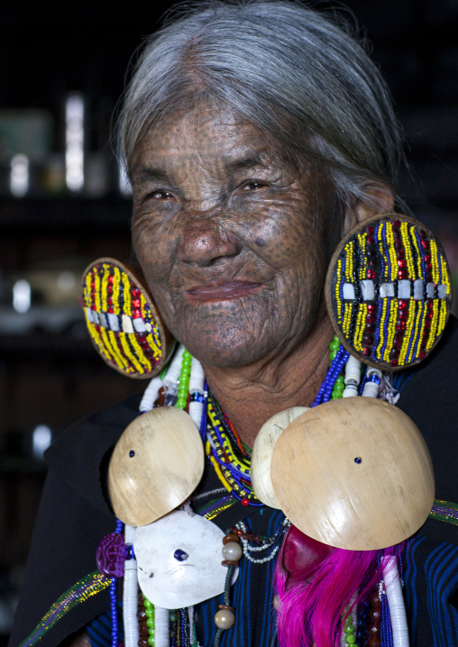 Yun eian from magan tribe with facial tatoo, Mindat, Myanmar