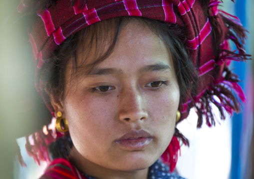 Pao Woman, Inle Lake, Myanmar