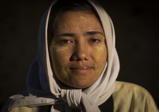 Rohingya Woman, Thandwe, Myanmar