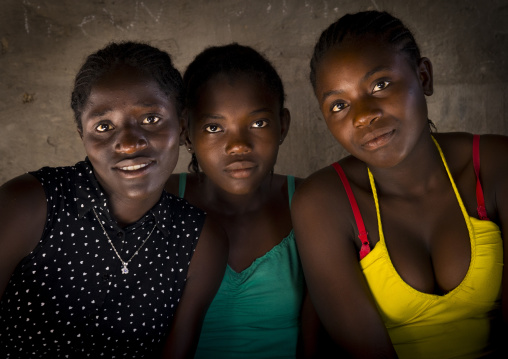 Ovambo Girls, Ondangwa, Namibia