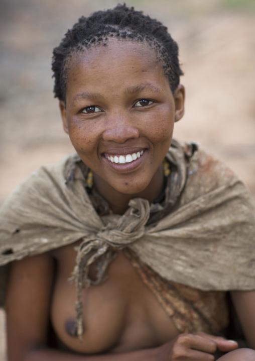 Bushman Woman, Tsumkwe, Namibia