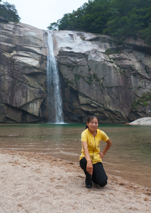 North Korean woman posing in pakyon falls, North Hwanghae Province, Kaesong, North Korea