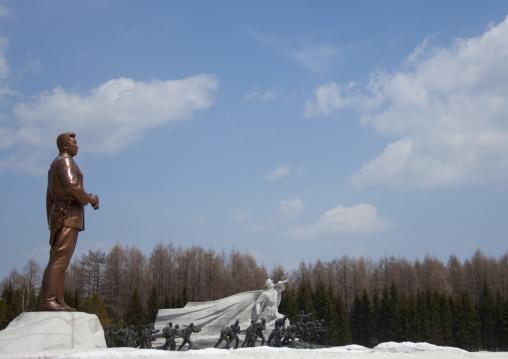 Side view of president Kim ii Sung statue on the Grand monument , Ryanggang Province, Samjiyon, North Korea