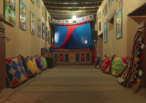 Wali Bedroom With Full Of Decoration In Taqa Fort, Oman