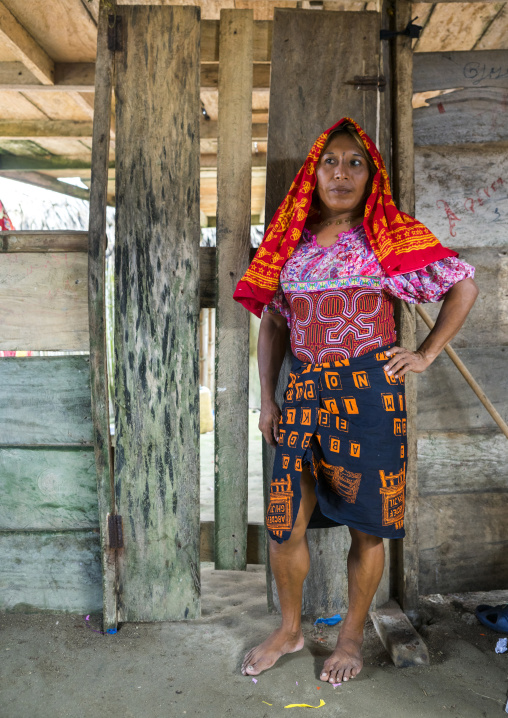 Panama, San Blas Islands, Mamitupu, Gay Kuna Indigenous Man Wearing Female Traditional Clothes