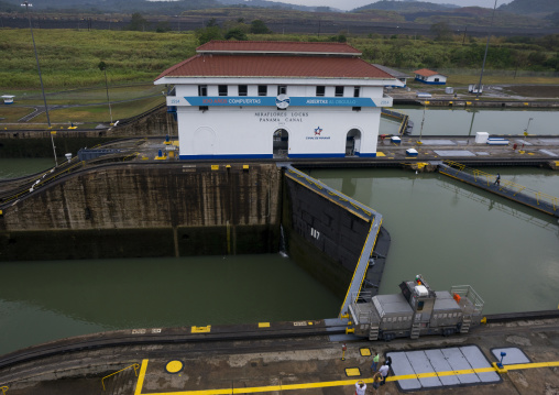 Panama, Province Of Panama, Panama City, Miraflores Locks In The Panama Canal