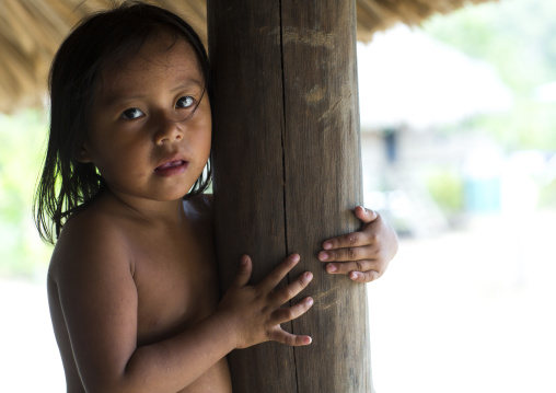 Panama, Darien Province, Puerta Lara, Girl Of Wounaan Native Community