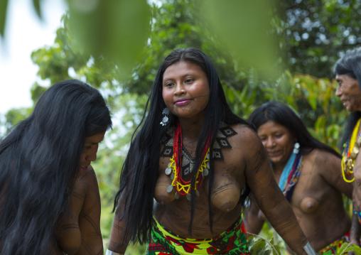 Panama, Darien Province, Bajo Chiquito, Women Of The Native Indian Embera Tribe Dancing