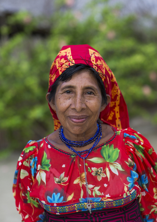 Panama, San Blas Islands, Mamitupu, Portrait Of Kuna Tribe Woman