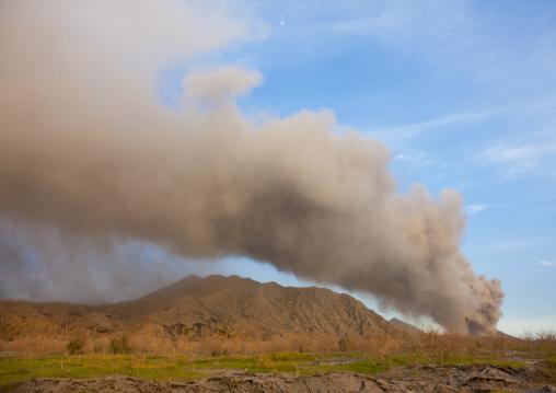 Volcanic eruption in Tavurvur volcano, East New Britain Province, Rabaul, Papua New Guinea