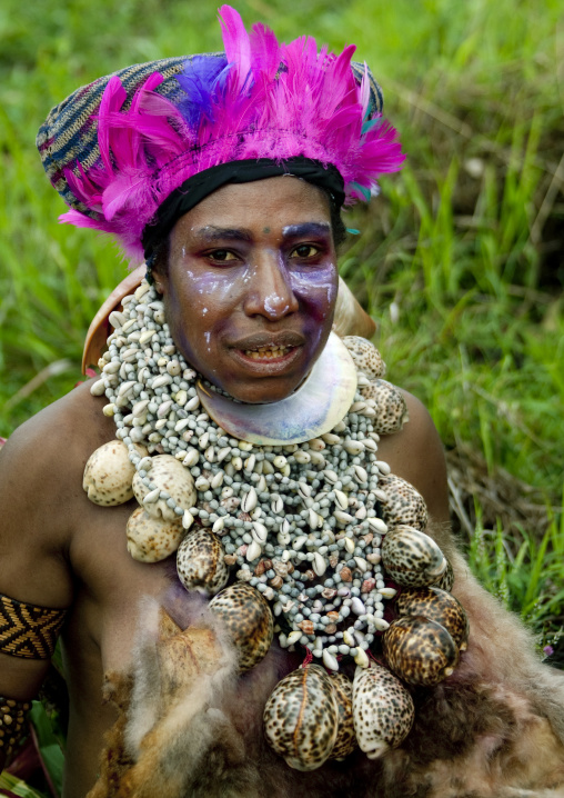 Portrait of a Highlander woman with traditional clothing during a sing-sing, Western Highlands Province, Mount Hagen, Papua New Guinea