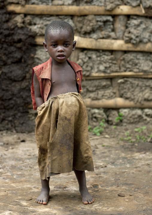 Batwa tribe kid in cyamudongo village  - rwanda