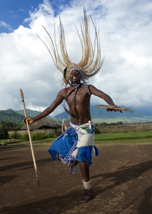 Intore dancer in ibwiwachu village - rwanda