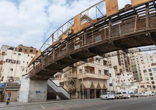 Bridge over an empty street on a friday afternoon, Mecca province, Jeddah, Saudi Arabia