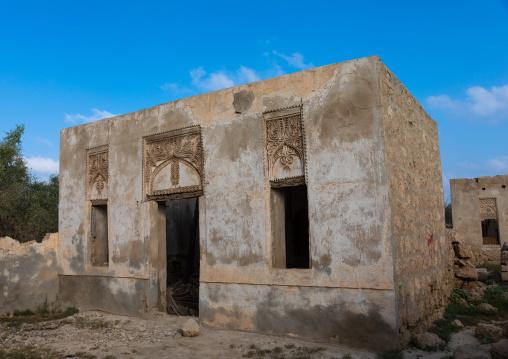 Farasani house with gypsum decoration and frescoes, Red Sea, Farasan, Saudi Arabia